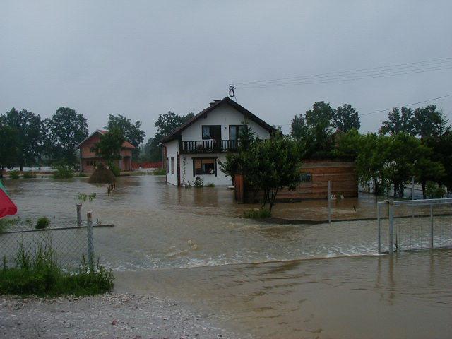 Kuće u vodi 20.06.2001