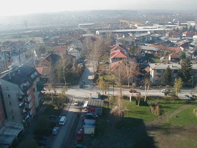 Pogled sa munare na raskrsnicu kod Zore 30.11.2000